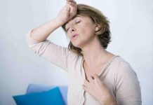 Affrontare problemi di sonno della menopausa da tutti gli angoli